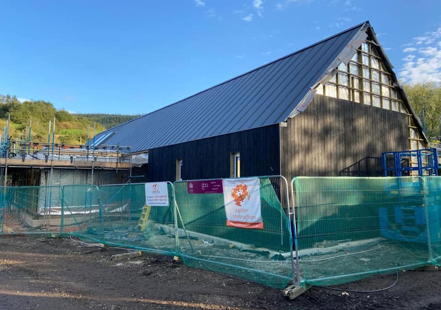 Building of the new clubhouse at Thimbleby
